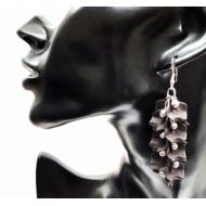 Verzilverde oorbellen - bladeren - Zwart
