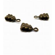 Bronzen hanger met oog  - Blad